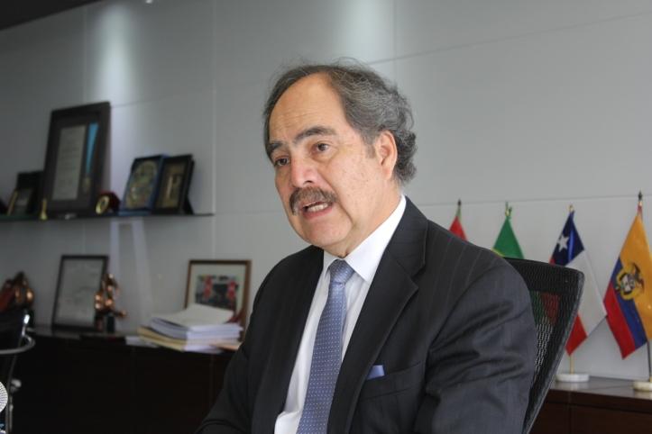 Juan Varilias prensa 2.jpg